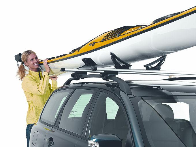 Porte kayak thule hydroglide 873 chez www mister coffre de for Porte kayak voiture